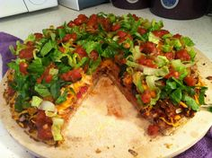 Yum- vegan taco pizza