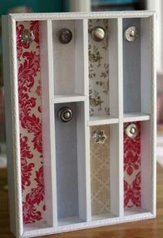 Re-use a wooden cutlery tray and knobs to hold necklaces. Gloucestershire Resource Centre http://www.grcltd.org/scrapstore/
