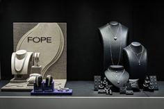 Bortolin Gioielli Udine - le nostre vetrine #gioielli #orologi. Visita il nostro sito http://www.bortolingioielli.it/