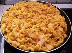 Zucchini Carbonara, Spatzle, Bastilla, Cooking Recipes, Healthy Recipes, Eat Smart, Gnocchi, Noodles, Macaroni And Cheese
