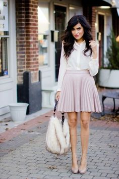 Spring / summer - business casual- work outfit - sttreet & chic look - pastel