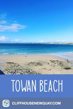 Towan Beach is one of the best beaches in Newquay, Cornwall. Golden, sand, clear blue waters; Towan has got all that you could ask for in a beach and more! If you are visiting Cornwall, make sure to spend the day at Towan beach! #TowanBeach #CornwallBeachNewquay #CornwallEngland #CornwallBeaches
