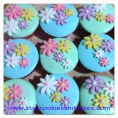 cupcake...cupcake...cupcake :))
