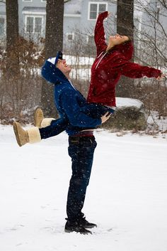 winter love, soo cute :) I wanna take a picture like this(: