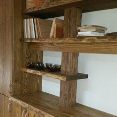 Dřevěná stěna ze starých trámů a smrkových fošen Business Help, Shelves, Display, Home Decor, Shelving, Floor Space, Homemade Home Decor, Billboard, Shelf