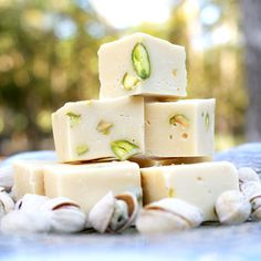 Baileys, White Chocolate and Pistachio Fudge - Only 4 ingredients!  Sweet, rich, easy and delicious.