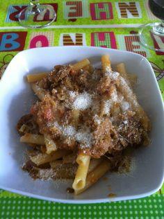 la genovese è un piatto tipico della tradizione napoletana, nonostante il nome! l'ingrediente principale è la cipolla. Fondamentale è il tempo di cottura!!