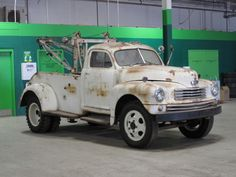 Old Ohare Tow Truck www.TravisBarlow.com - Towing & auto Transporter insurance for over 30 years