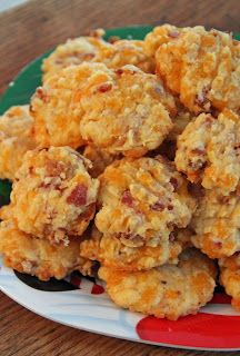 #Appetizers Bacon Cheddar Crackers  Combine 2 C flour 1 tsp baking powder 1/2 tsp salt 1/2 tsp pepper  Cut in 1 C butter until mixture resembles coarse crumbs Stir in cheese 2 C cheddar  10 strips bacon Mix 1/4 C milk roll the dough into 2 logs chill a bit then simply slice the crackers about 1/4 inch thick Bake at 175° for about 16¨