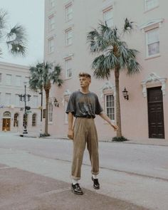 Council for Design Charleston, Normcore, Mens Fashion, T Shirt, How To Wear, Outfits, Oc, Style, Fall