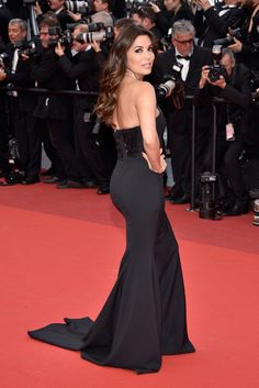 """US actress Eva Longoria attends the """"Money Monster"""" premiere during the 69th annual Cannes Film Festival at the Palais des Festivals on May 12, 2016 in Cannes, France."""