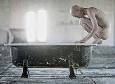 CoisasMinhas: A solidão não é viver só, a solidão é não sermos c...