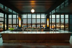 Whyte Hotel - The Ides bar
