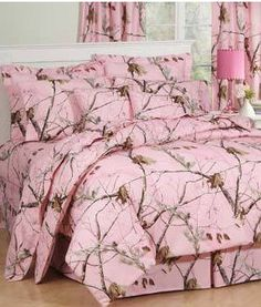 Camo Bedroom Ideas | Pink Realtree Camouflage Comforter Set for Girls Like ME Who Love ...