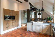 JvD keukens. Massief eiken keuken met extra verdiepte mdf deuren Moderne keukens - Landelijk - Klassiek - Starterskeukens - Showroomkeukens - Buitenkeukens - Keukenapparatuur - Interieuradvies - Interieurontwerp - Interieurbouw - Eigen werkplaats