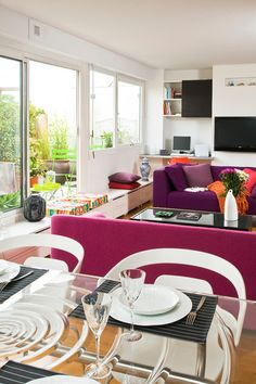 Eclectic Living Room by Manuel Sequeira Architecte D.P.L.G | #colourfulinterior