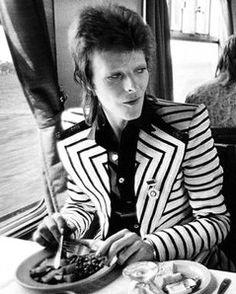 Famous stripes: Bowie