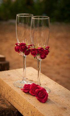 2019 Elegant Trendy Wedding Champagne Glasses Decoration S Wedding Wine Glasses, Champagne Glasses, Wedding Champagne, Wedding Crafts, Wedding Decorations, Food Decorations, Decorated Wine Glasses, Clay Flowers, Paper Flowers