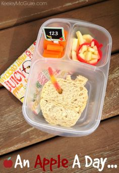 Lunch made easy! Honey Apple Sandwich | packed in @EasyLunchboxes containers