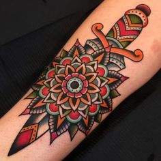 Post-Traditional Dagger with Mandala by Samuele Briganti at Bold Will Hold Tattoo Shop in Florence Italy Rose Tattoos, Body Art Tattoos, Sleeve Tattoos, Trendy Tattoos, Tattoos For Women, Tattoos For Guys, Traditional Dagger, Traditional Tattoo, Hawaiianisches Tattoo