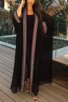 Pakistani Dresses Casual, Indian Fashion Dresses, Abaya Fashion, Muslim Fashion, Kimono Fashion, Fashion Wear, Modest Fashion, Fashion Outfits, Stylish Dresses For Girls