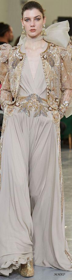 Fashion designers Elie saab celebrities, Elie saab lily collins, E. Elie Saab Couture, Couture Mode, Style Couture, Couture Fashion, Runway Fashion, Icon Fashion, Fashion Trends, Lily Collins, Robes Elie Saab