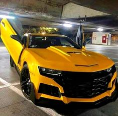 57 trendy ideas for cool cars colors chevy camaro Exotic Sports Cars, Cool Sports Cars, Exotic Cars, Sport Cars, Cool Cars, Camaro Ss, Chevrolet Camaro, Corvette, Audi