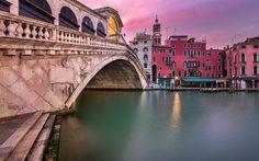 Lataa kuva Rialton Silta, Venetsia, sunset, kaupungin panorama, vanha kaupunki, San Bartolomeon Kirkko, Grand Canal, Italia