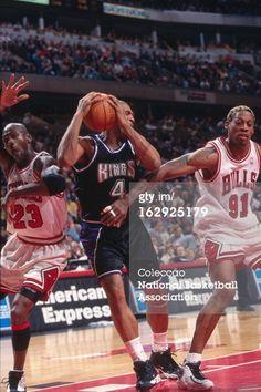 Fotografia de notícias : Michael Jordan and Dennis Rodman of the Chicago...