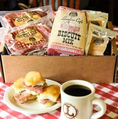 Ham and biscuits at the Loveless Cafe - lovelesscafe.com