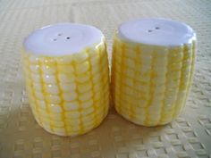 Ears of Corn Salt and Pepper Shakers  Vintage by DEWshophere, $9.99