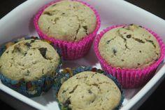 Muffin de baunilha com gotas de chocolate