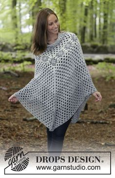 Hygge - Crocheted poncho with granny squares and treble crochet groups. Size: S - XXXL Piece is crocheted in 2 strands DROPS Alpaca. - Free pattern by DROPS Design Alpaca Poncho, Crochet Shawl Free, Crochet Gratis, Knit Crochet, Wool Poncho, Crochet Baby, Drops Design, Crochet Pillow Patterns Free, Knitting Patterns Free