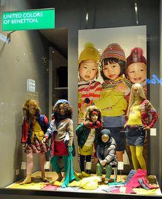 Benetton window displays Autumn 2012, Vienna visual merchandising