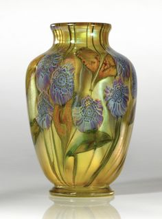 """tiffany a rare anemonTiffany Studios  A RARE """"ANEMONE"""" PAPERWEIGHT VASE  engraved 8155D L. C. Tiffany-Favrile  favrile glass  8 1/2  in. (21.6 cm) high  circa 1907-1910e paperwei 