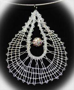 Moja ustvarjanja: Še dve ogrlici Lace Necklace, Lace Jewelry, Doily Art, Bobbin Lace Patterns, Needle Lace, Lace Making, Jewelry Patterns, Doilies, Hand Embroidery