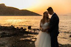 Fiona & Norbert wedding in Villa Aelia - Aeginaphotographer Golden Hour Photos, Wedding Photos, Wedding Day, Cool Backgrounds, Hot Days, Athens, Portrait Photographers, Villa, Wedding Photography