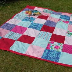The best way to have a great picnic is to find yourself the perfect picnic blanket. Before your next outing, consider checking out this Bring it Along Quilt Pattern. This adorable free quilt pattern is two projects is one.