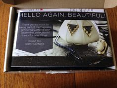 September 2014 Wantable Accessories & Jewelry Subscription Box Review - http://mommysplurge.com/2014/09/september-2014-wantable-accessories-jewelry-subscription-box-review/
