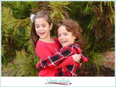 Take Great Pictures Anywhere, Family Christmas Pictures, Fresh Look Photography, family of four, holiday photos, green and red, siblings, brother and sister
