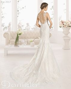 Spettacolare abito a sirena by Aire Barcelona - http://www.danielasposa.it/?p=8072 #weddingdress