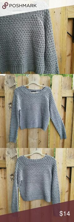 Forever 21 Gray Knit Sweater Size Large Adorable Gray sweater by forever 21. Size large. Forever 21 Sweaters