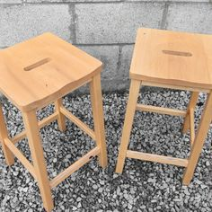 PAIR OF VINTAGE WOODEN LAB STOOL BREAKFAST BAR SCIENCE STOOLS Antique Furniture