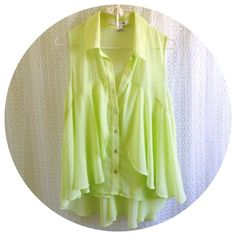 HOST PICK Flowy Spring Greens Top Collared button-down in a light green shade. Breezy & romantic, perfect for date night or outdoor summer BBQs. HOST PICK 8/16/14 Forever 21 Tops