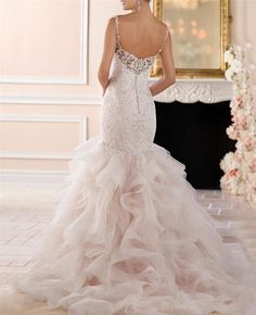 41ff6880ea6c Yilis Sweetheart Straps Tulle Ruffled Lace Mermaid Wedding Dresses for  Brides at Amazon Women's Clothing store