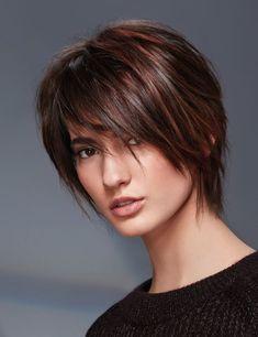 66 fantastiche immagini su Tagli di capelli corti caschetto ... f16917211d30
