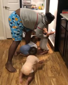 Cute Funny Baby Videos, Cute Funny Babies, Funny Baby Memes, Funny Videos For Kids, Funny Picture Jokes, Funny Short Videos, Funny Animal Videos, Cute Kids, Funny Jokes