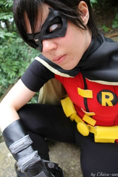 Robin cosplay- young justice by ~Tenraii on deviantART