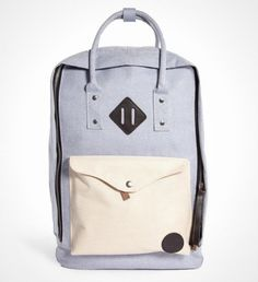 This canvas tote is professional and stylish.