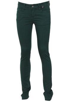 Pantaloni OUTFITTERS NATION Ytaca Green - doar 99,90 lei. Cumpara acum!